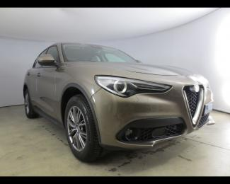 Offerta ALFAROMEO Stelvio 2.2 Turbo Diesel 210cv AT8 Q4 Executive 99210165